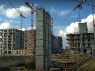 Augusztusban elkészült a BRD-A épület vasbeton magjának csúszózsalus kivitelezése