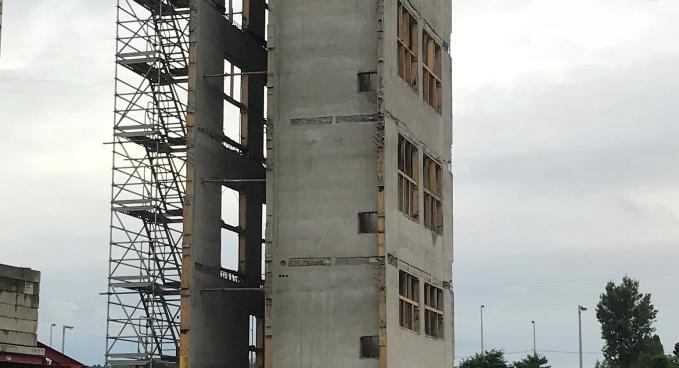 Irodaépület lift és lépcsőház magjainak csúszózsalus kivitelezése (C)