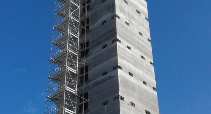 Lakóépület lift és lépcsőház magjainak csúszózsalus kivitelezése (B)