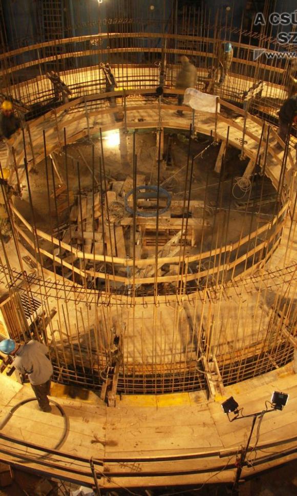 Cementgyár bypass siló és hőcserélő torony  csúszózsalus kivitelezése
